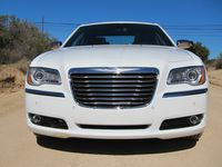 Chrysler 300 3