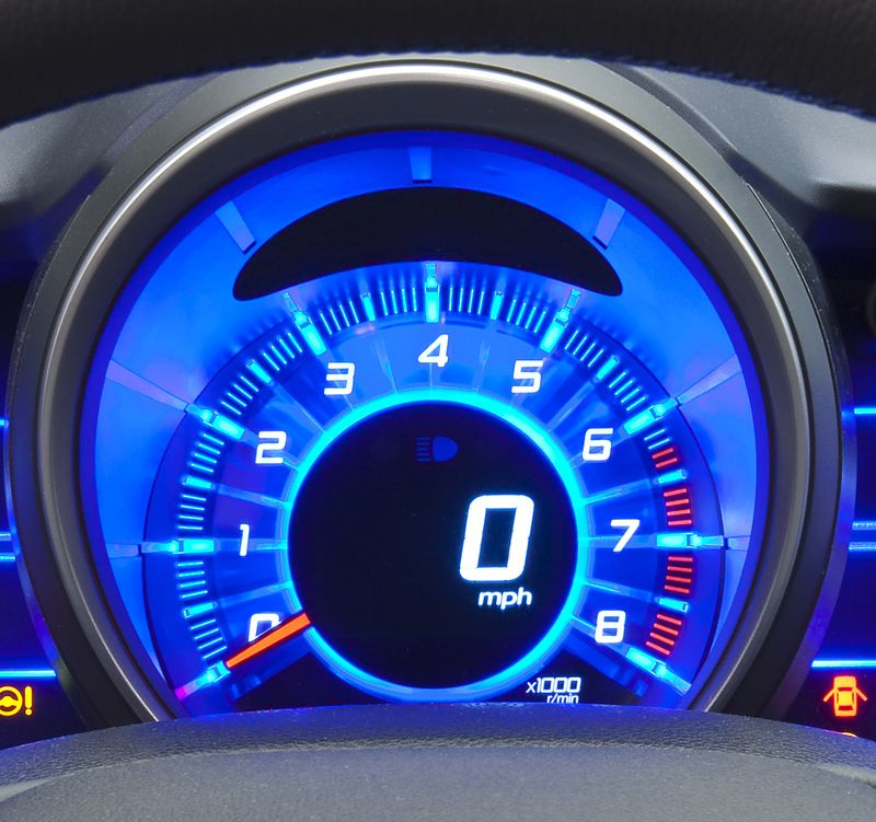 Honda CR-Z tachometer with redline