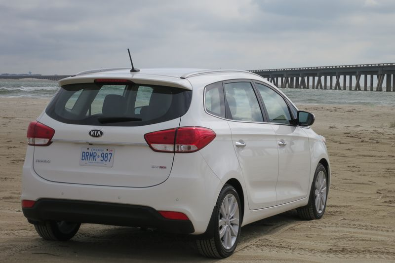 2014 Kia Rondo by Jil McIntosh (9)