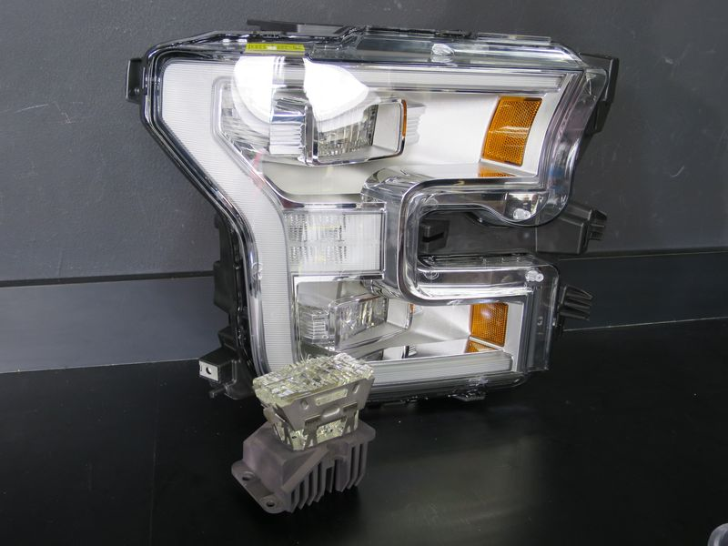 The headlight assembly with an LED lamp