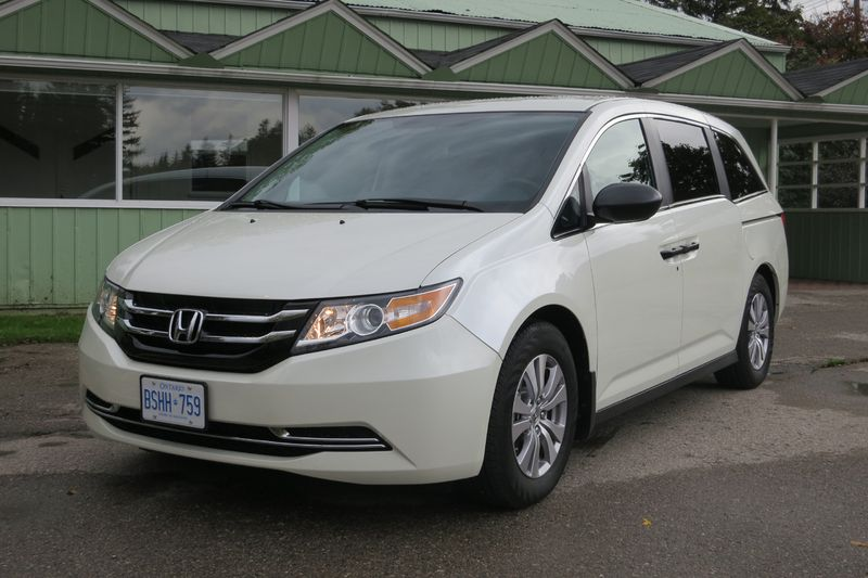2014 Honda Odyssey - photo by Jil McIntosh (5)