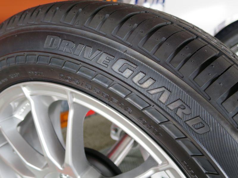Bridgestone DriveGuard Run-Flat Tire