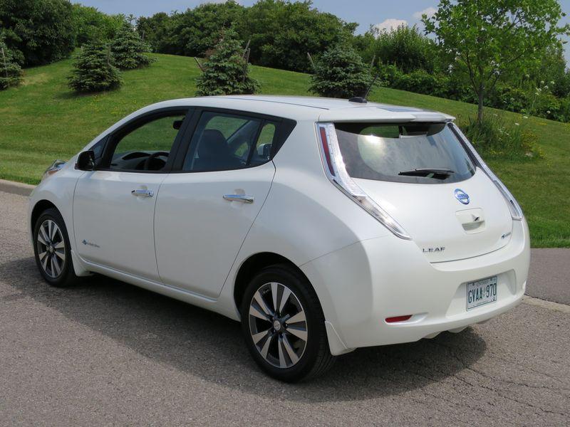 2015 Nissan Leaf by Jil McIntosh (4)