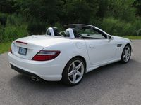 2014 Mercedes-Benz SLK 350 by Jil McIntosh (21)