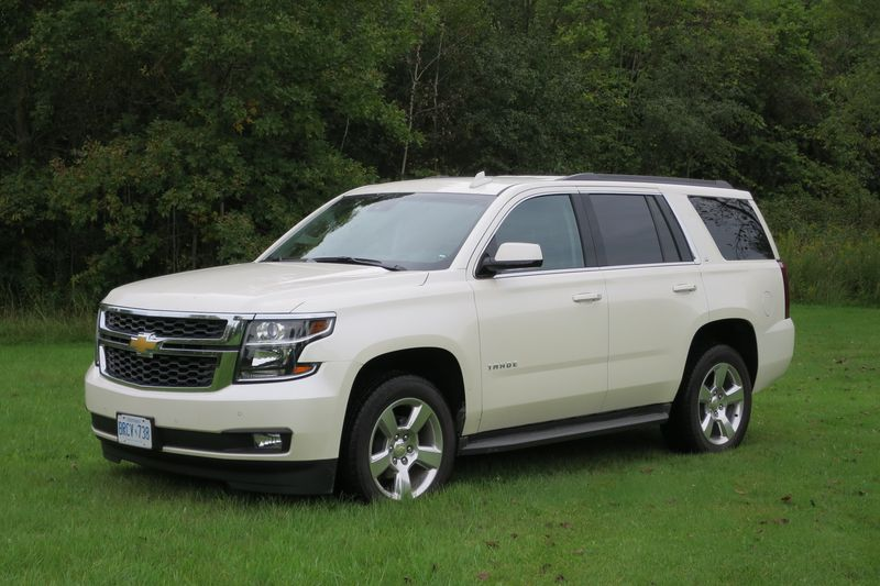 Chevrolet Tahoe - photo by Jil McIntosh (5)
