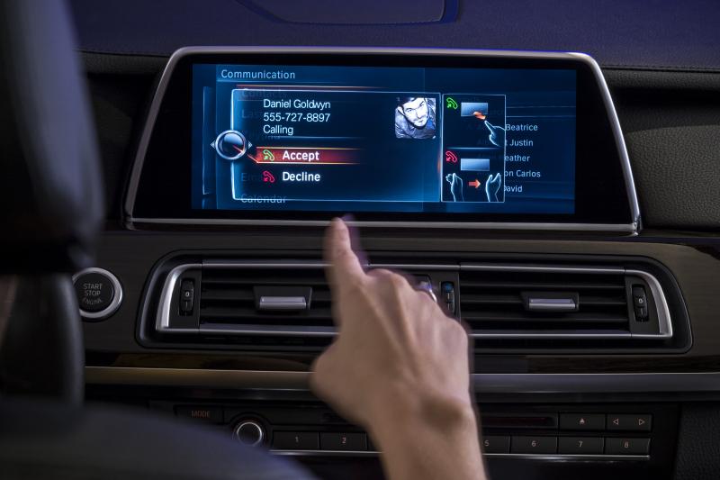 BMW Gesture Control - Photos courtesy BMW (2)