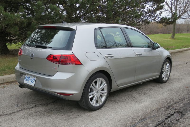 Volkswagen Golf 2015 by Jil McIntosh (1)