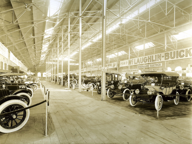 Toronto Auto Show 1913  (1)