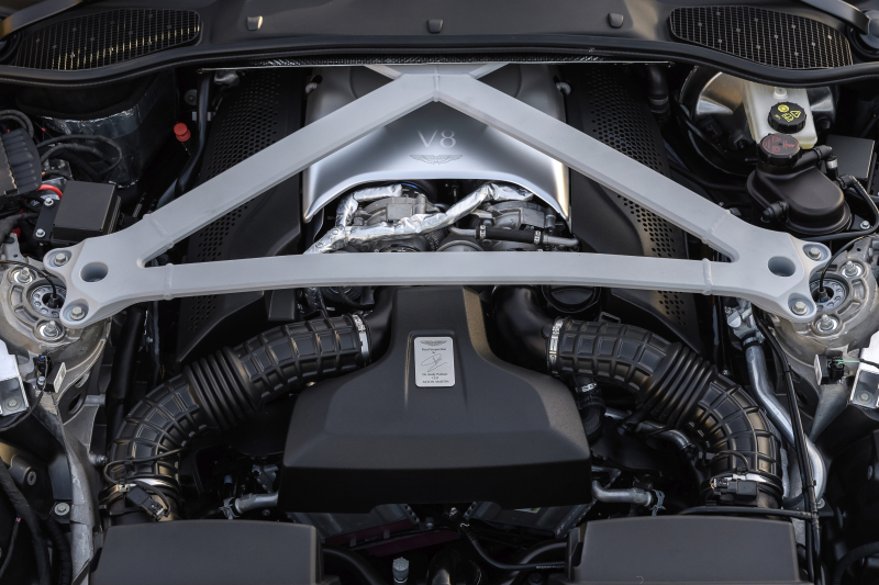 Aston Martin DB11 V8 2018 (17)