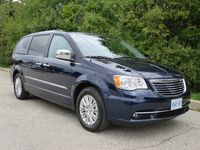 2015 Chrysler Town & Country by Jil McIntosh (10)
