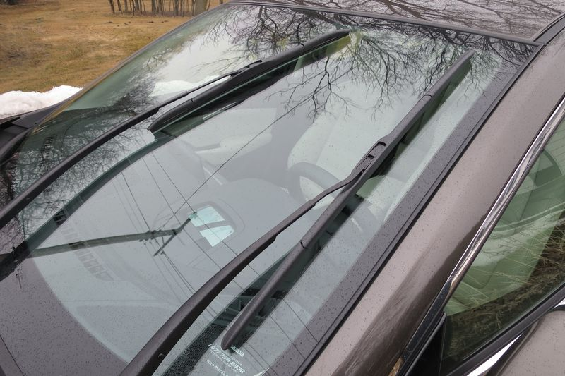 Windshield wipers should be replaced any time they start to streak - photo by Jil McIntosh (1)