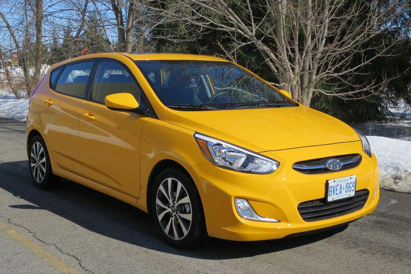 2015 Hyundai Accent by Jil McIntosh (3)