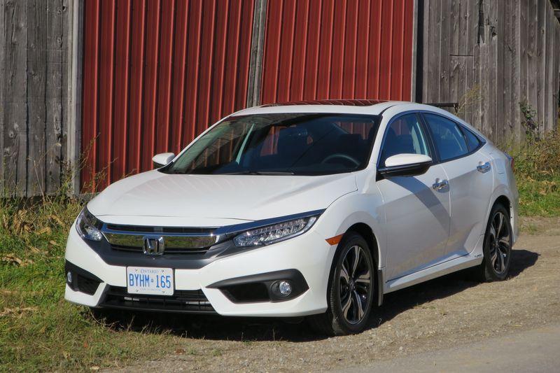 Honda Civic 2016 by Jil McIntosh (5)