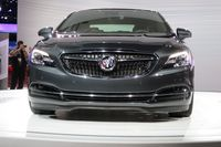The new Buick LaCrosse uses special materials to reduce cabin noise - photo by Jil McIntosh (2)