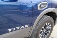 Nissan Titan V8 2017 (4)