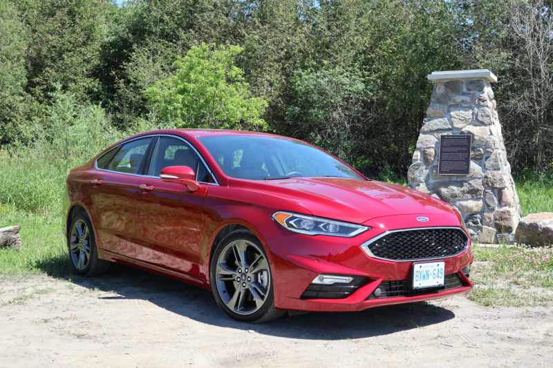 Ford Fusion Sport 2018 (11)