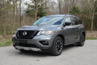 Nissan Pathfinder SL AWD Rock Creek Edition 2019 (2)