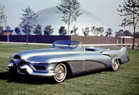 1951 GM LeSabre designed by Harley Earl - Photo GM