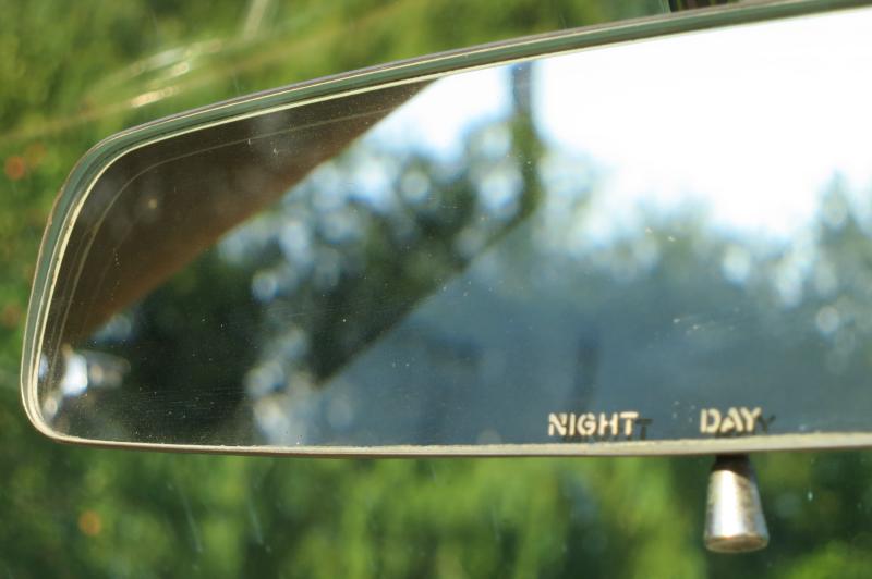 Day Night Mirror