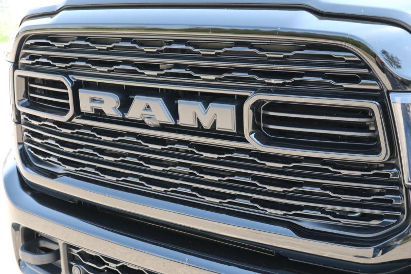 Ram 2500 Limited Mega Cab 4x4 2021 (6)