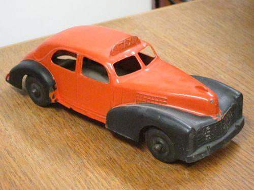 Cadillac Metal Taxi